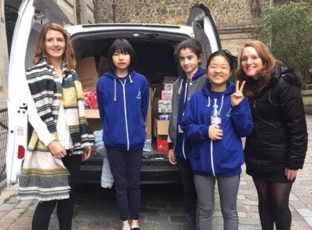 Grade 7s make their Love in a Box deliveries in time for Christmas