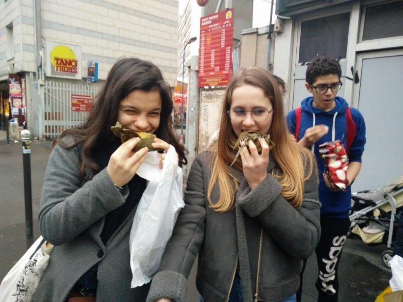 ISP's G8/9 Chinese class go to Chinatown